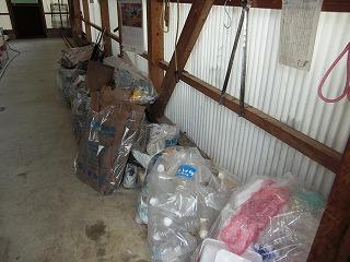 ゴミ袋の山.jpg