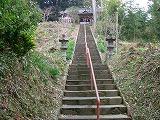階段を上がる.jpg
